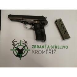 Samonabíjecí pistole CZ 52
