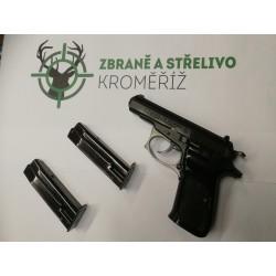 Samonabíjecí pistole CZ...